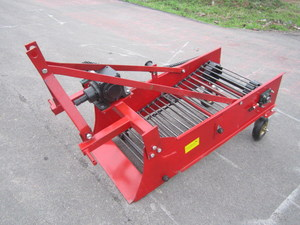 Potato or Cassava Harvester